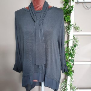 made in italy 2 piece dipped hem button detail top